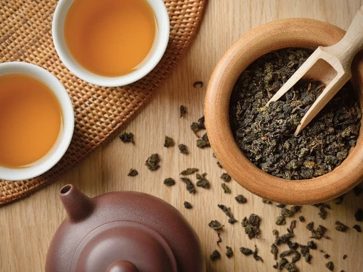 Stay Healthy by Drinking Oolong Tea